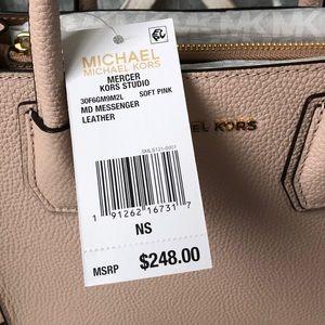Michael Kors Bags - NWT!!  Michael Kors Crossbody - Soft Pink/Gold